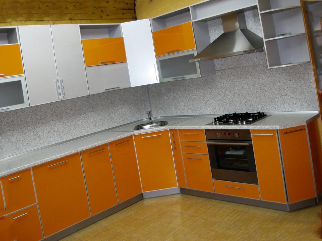 Дизайн кухни из акрилового камня