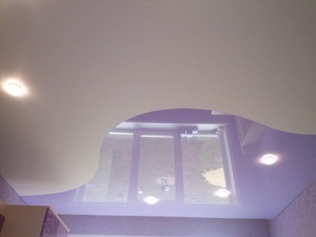Натяжной потолок из двух полотен