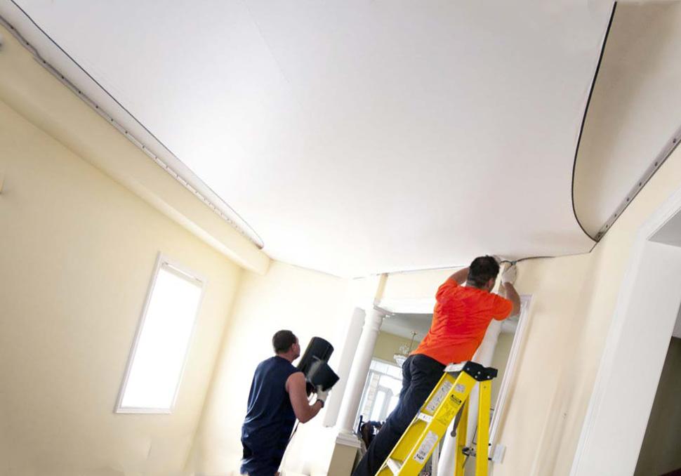 Последовательность ремонта с натяжными потолками