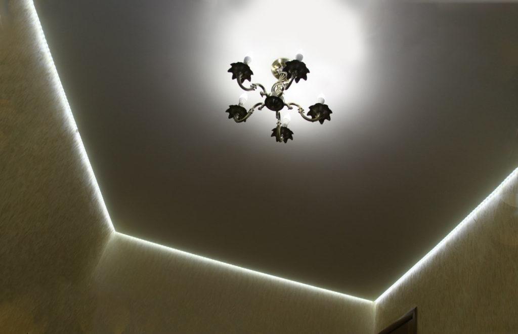 «парящие» натяжные потолки
