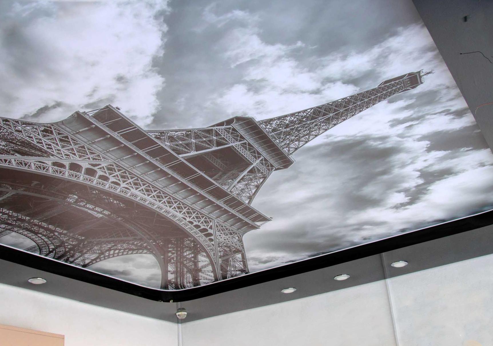 Светопрозрачный потолок как «изюминка» интерьера