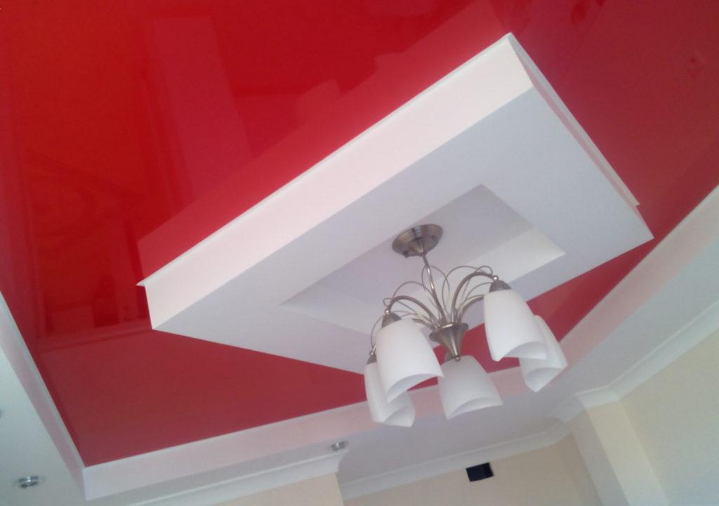Гипсокартон и лаковое покрытие контрастного цвета