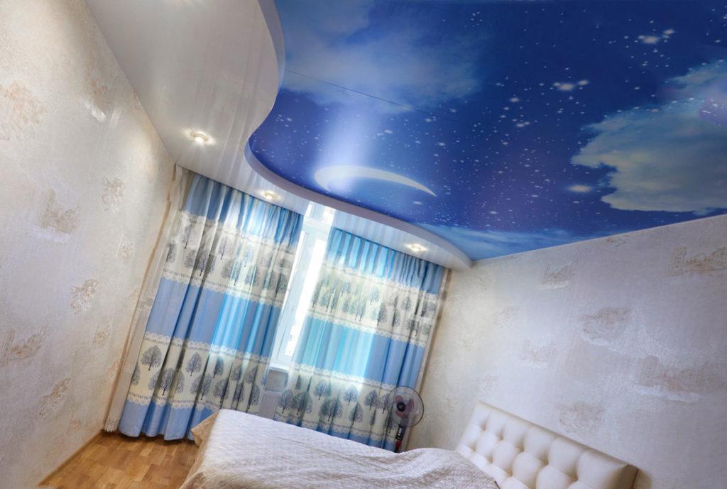 потолок с «воздушными облаками»