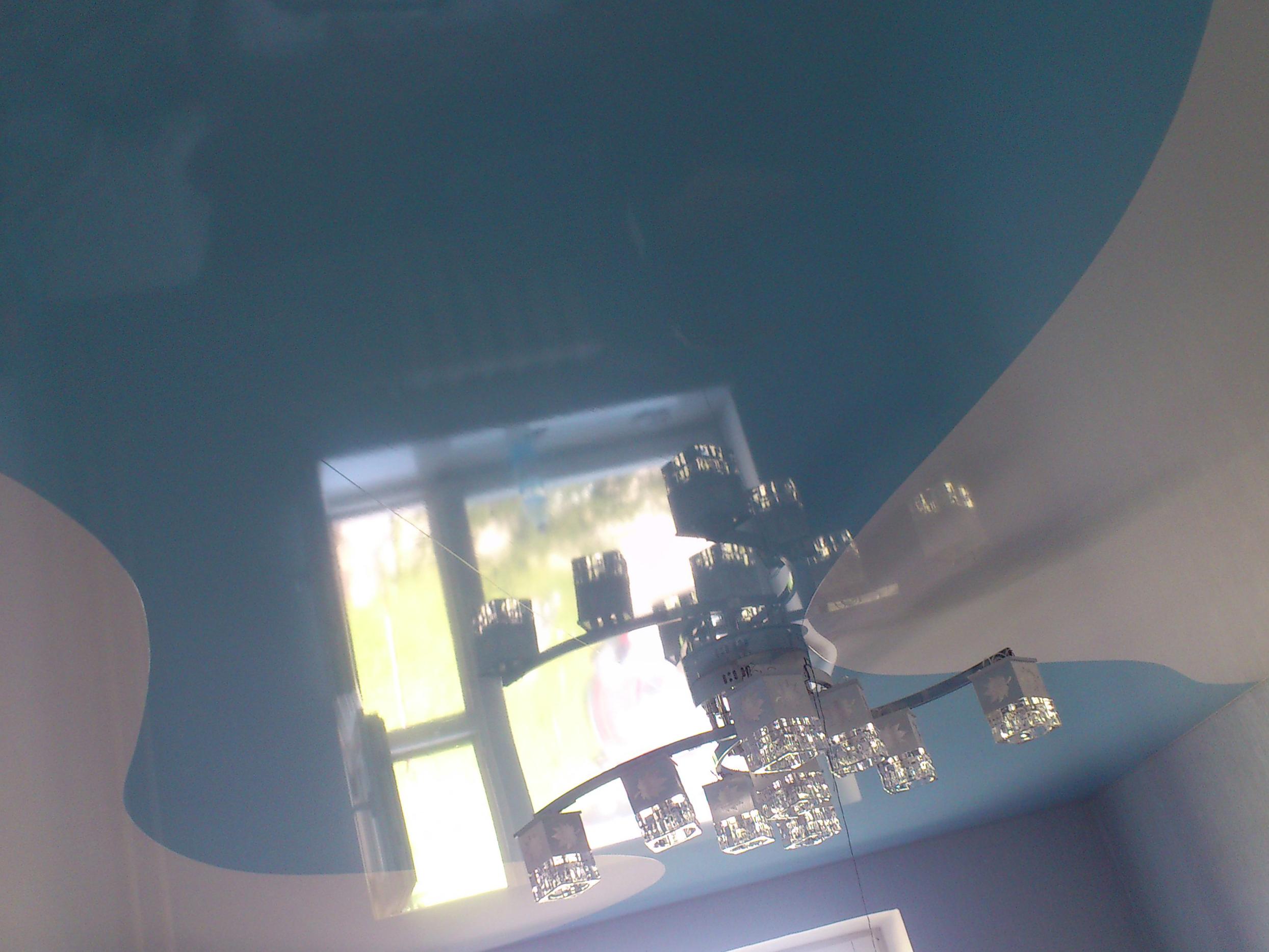 Заметен ли шов на натяжном потолке?