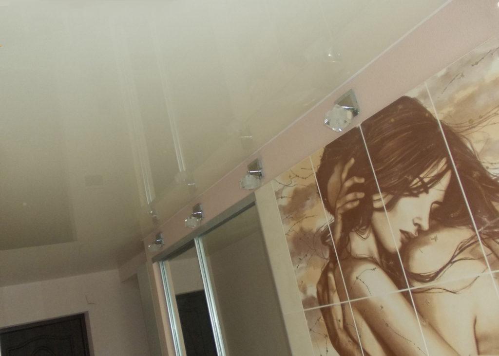 натяжной потолок и из чего он производится
