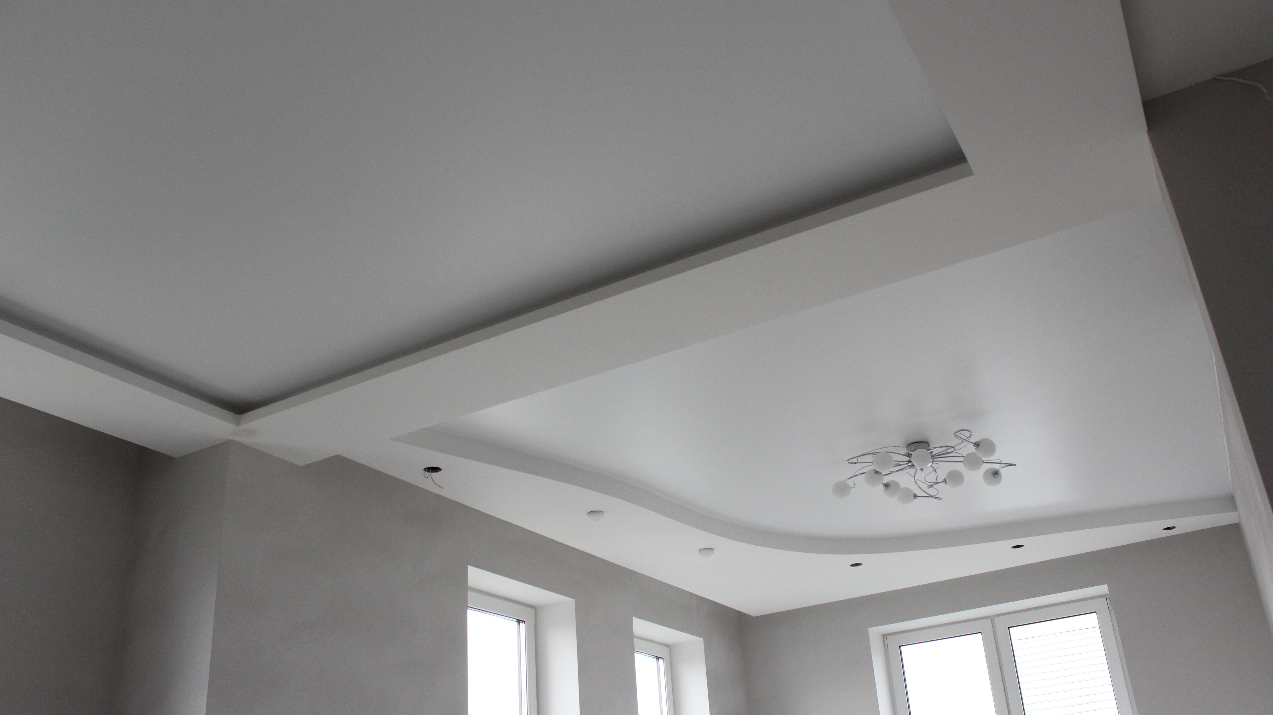 Какой формы можно сделать натяжные потолки?