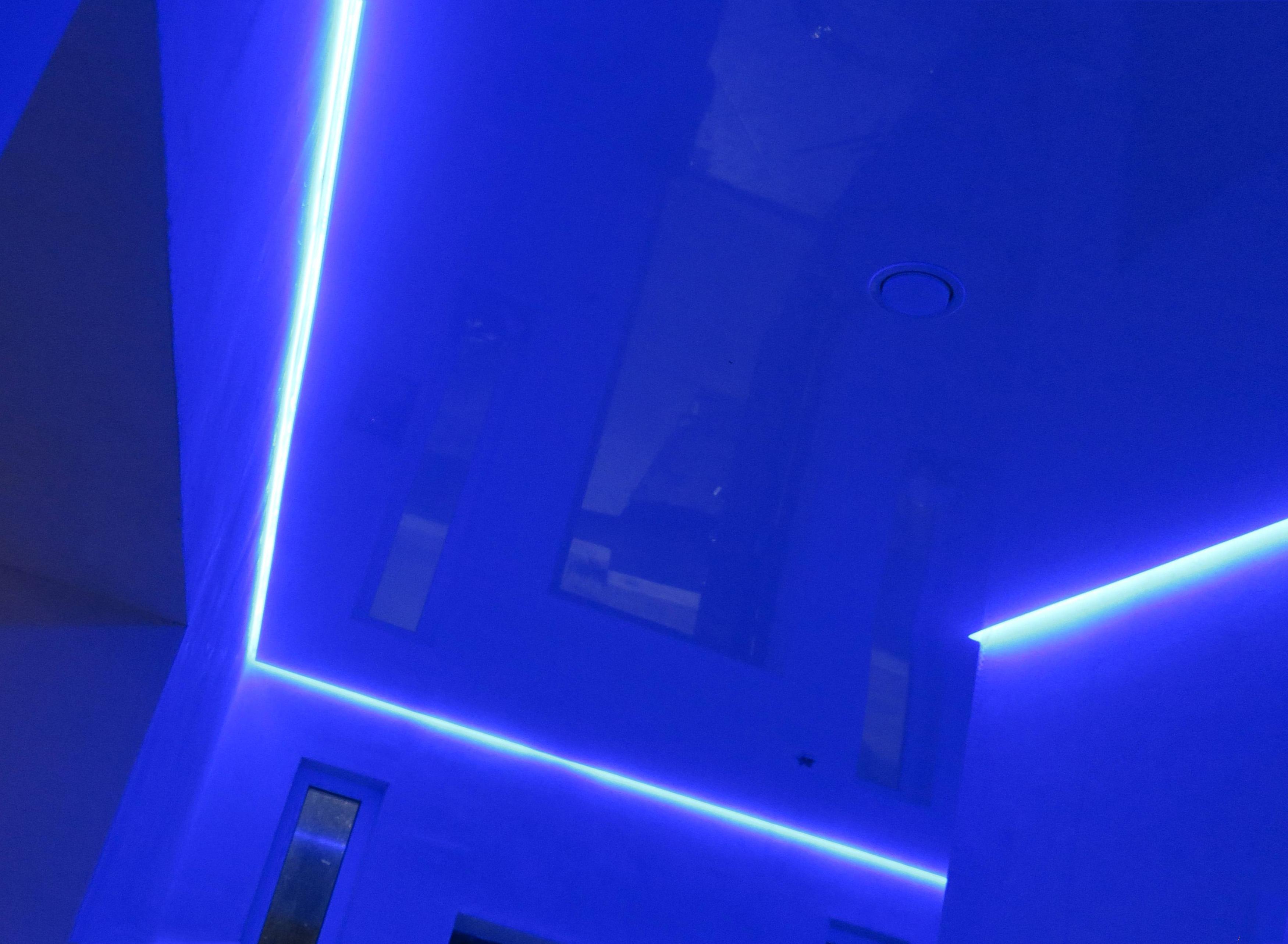 Технологии светящихся натяжных потолков