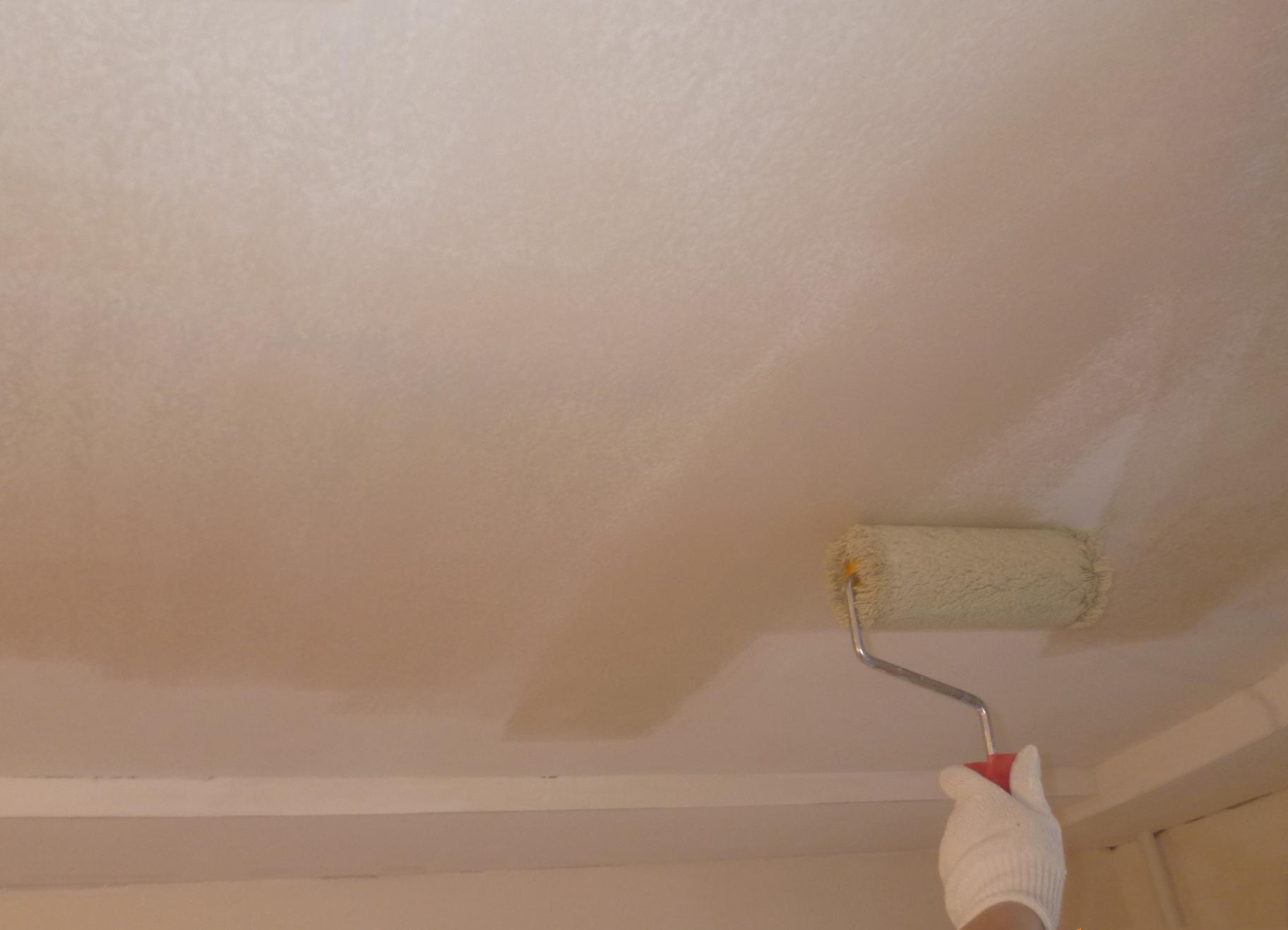 Перекрасить натяжной потолок