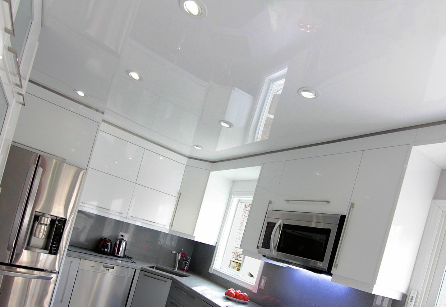 белый натяжной потолок ПВХ