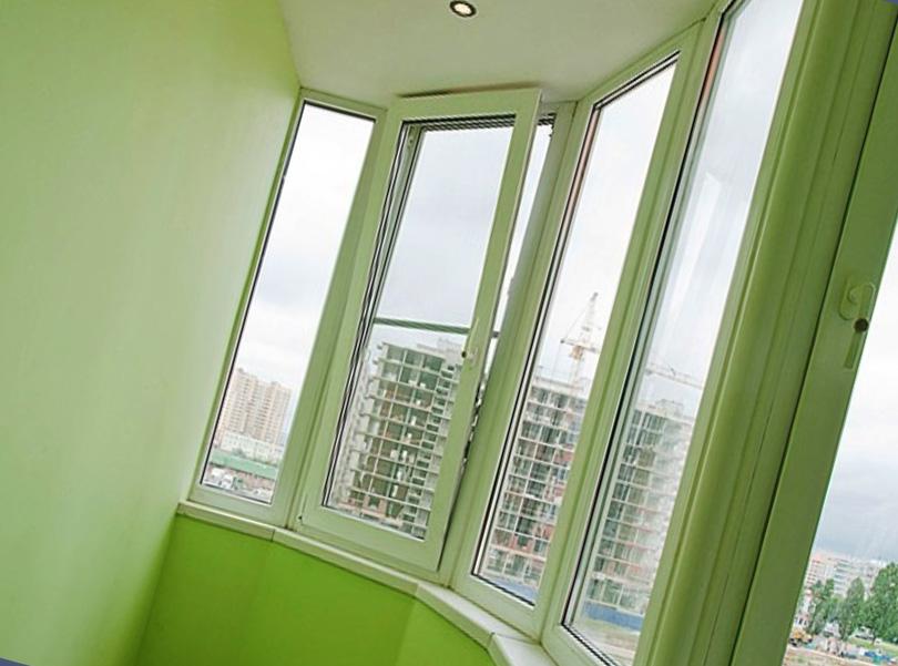 Тканевые натяжные потолки на балконах