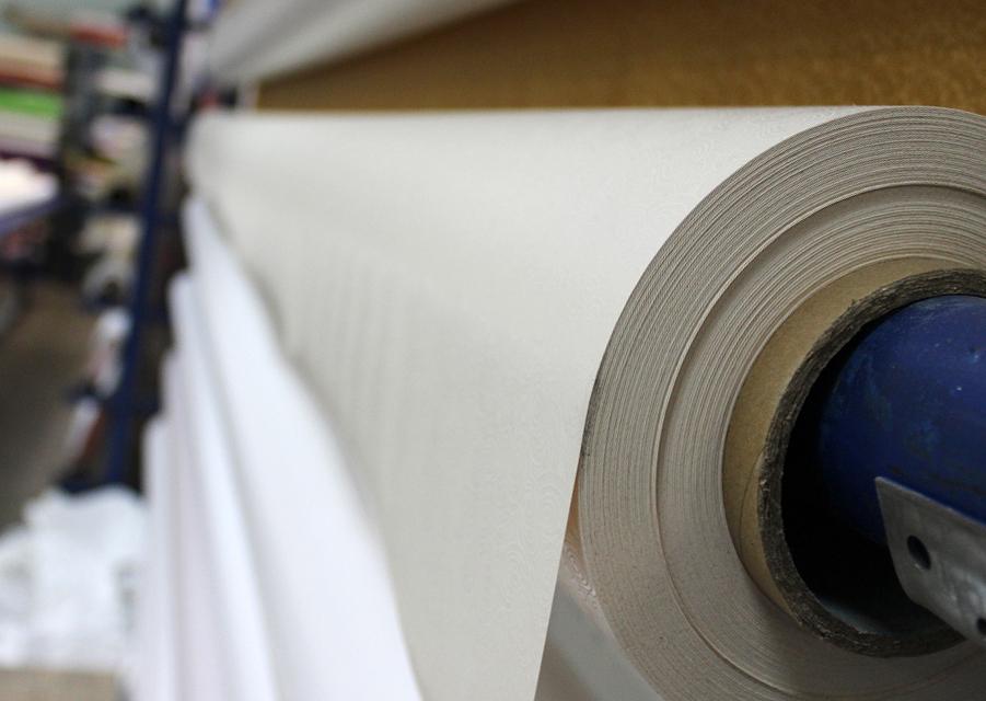 Изготовление натяжных потолков: детальное описание процессов